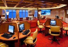 Морской круизный лайнер Veendam (Holland America Line)