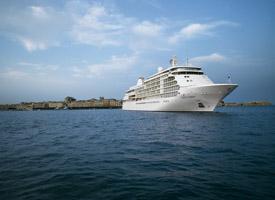 Морской круизный лайнер Silver Whisper
