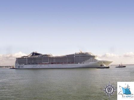 Морской круизный лайнер Fantasia (MSC Cruises)