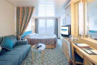 Морской круизный лайнер Voyager Of The Seas (Royal Caribbean International)