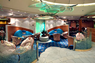 Морской круизный лайнер Enchantment Of The Seas (Royal Caribbean International)